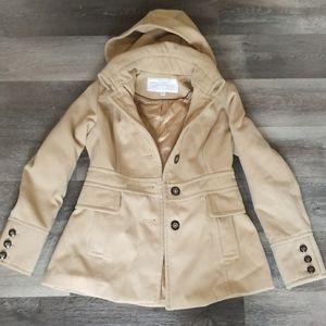 Jessica Simpson | Tan Coat